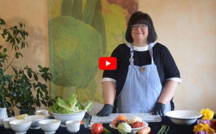 Kochvideo – Gemüsewrap mit Kräuterdipp und Pfannenbrot
